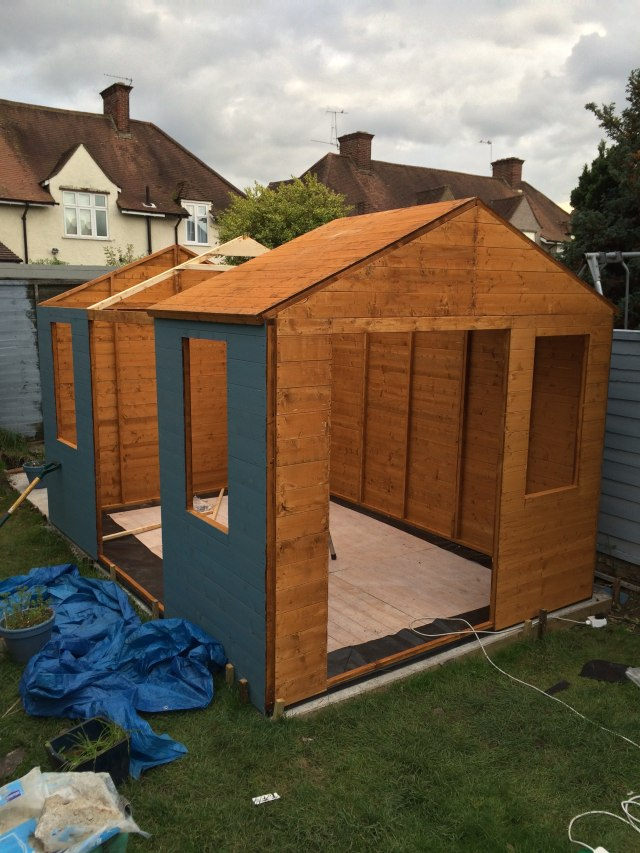 Roof going on BillyOh Summerhouse