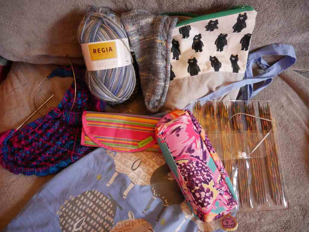 Full holiday knitting and crochet kit