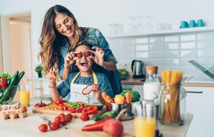 Consejos de nutrición para obtener el máximo rendimiento al estudiar a distancia