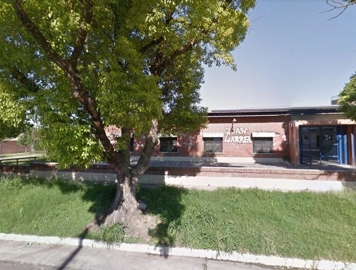 Dos preceptores fueron golpeados por padres de alumnas en la escuela Juan Larrea