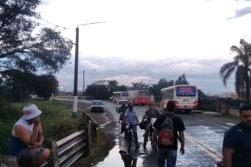 """Corte en la ruta 315: """" No pasará nadie , ni siquiera caminando"""", dijeron desde el piquete(VIDEO)"""
