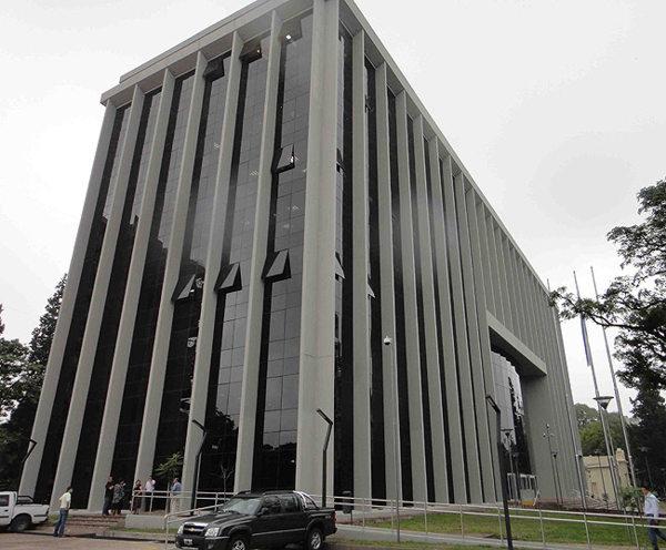 El gobernador Manzur envió a la Legislatura tres nombres para cubrir cargos en la Justicia