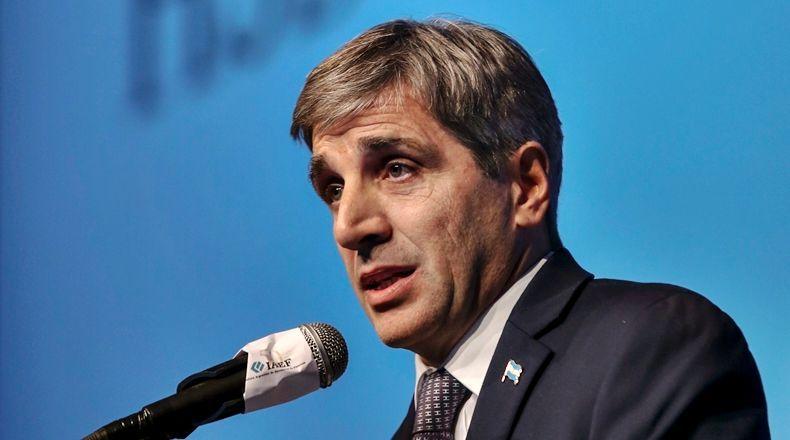 El ministro de finanzas Luis Caputo, muy complicado con un entramado de fondos offshore