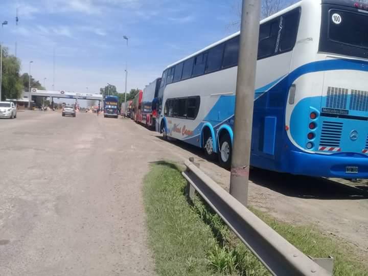 PASION DECANA: Se agotó el alquiler de colectivos en Tucumán para ver a Atlético