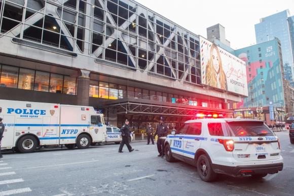 Atentado terrorista en la terminal de autobuses Nueva York