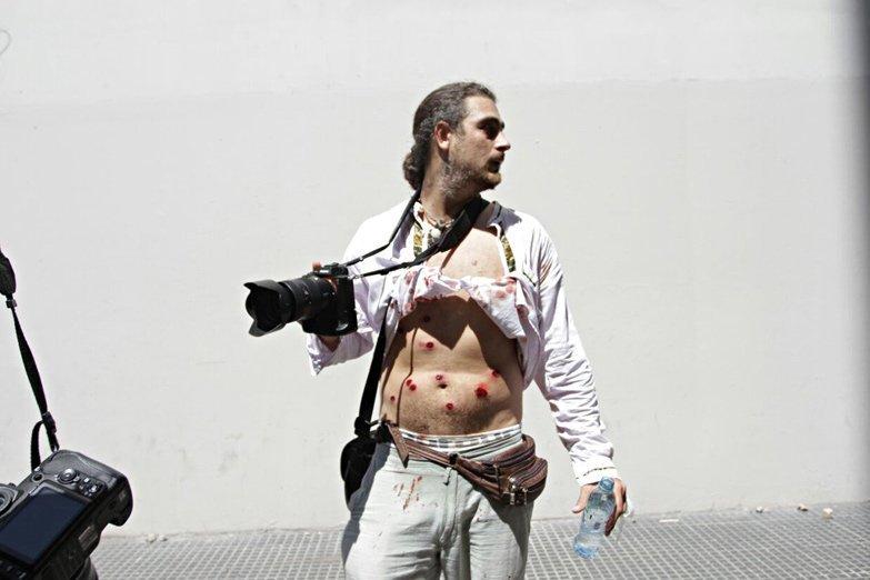 Incidentes en el Congreso: La policía acribilló con balas de goma a un fotografó
