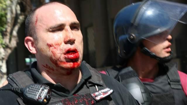 Reforma previsional: Tras los incidentes hay 48 detenidos y 48 policías heridos