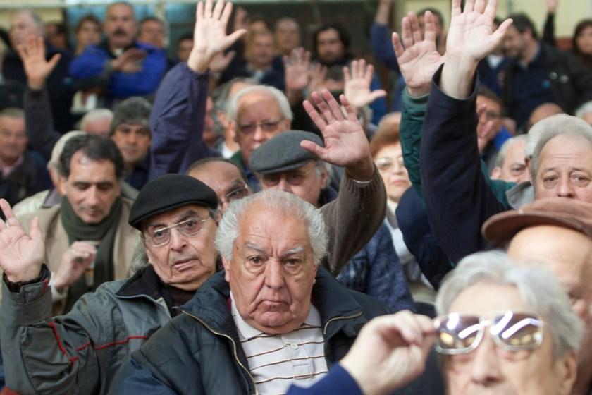 REFORMA PREVISIONAL: El jubilado que gana $ 10.000 por mes perderá $ 6.000 anuales de sus aumentos