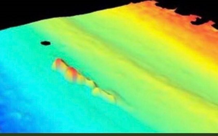 La imagen detectada a 477 metros NO ES del  Submarino ARA San Juan