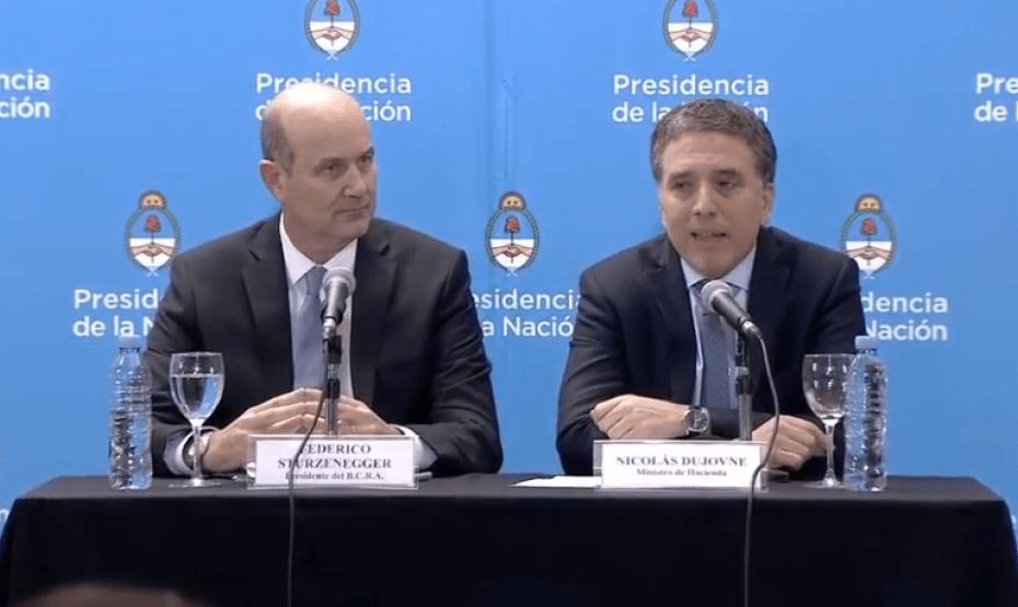 Dólar en Argentina alcanza nuevo récord tras acuerdo con el FMI