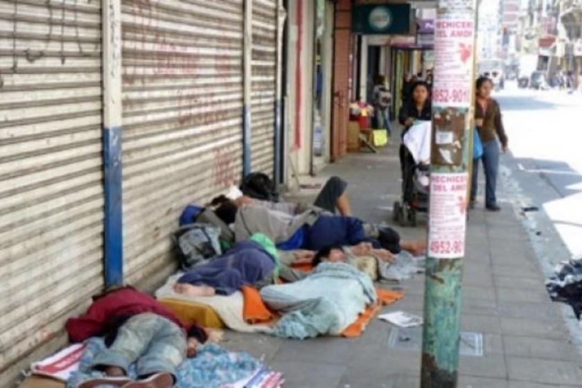 """Polemica : La """"mudanza"""" de los indigentes que tuvieron que abandonar la zona del G20; """"Quieren que los presidentes vean una ciudad sin pobres"""""""