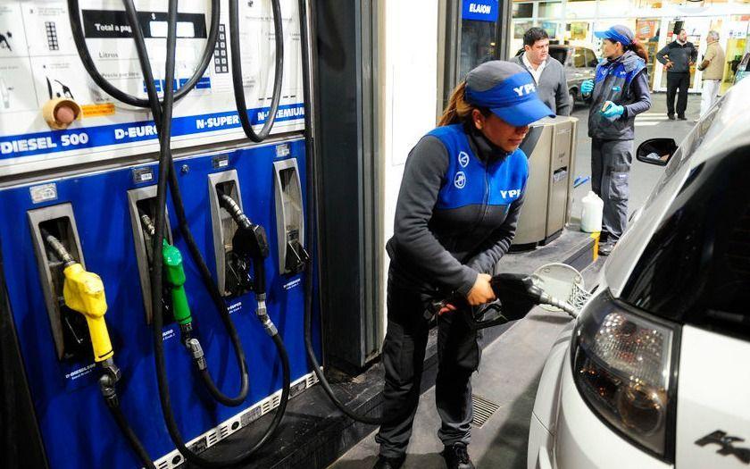 Se viene un nuevo aumento de las naftas para junio
