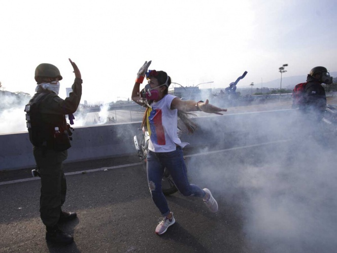 Maduro anuncia el 'fracaso' del alzamiento de Guaidó