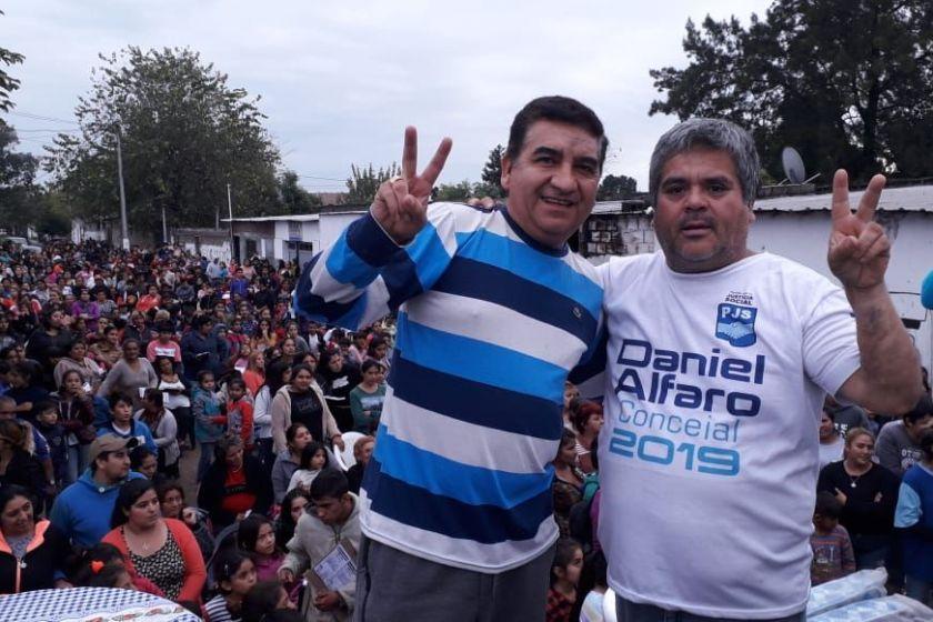 El candidato Daniel Alfaro organizo multitudinario festejo para el dia del trabajador