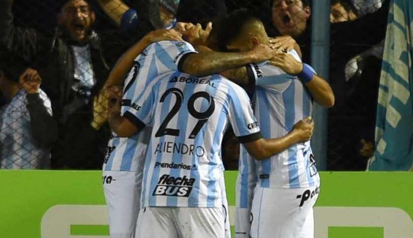 Atletico Tucuman goleo 3 a 0 a River
