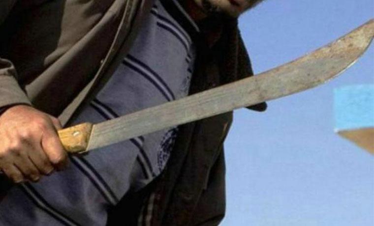 Armado con un machete robaba celulares en Banda del Rio Sali