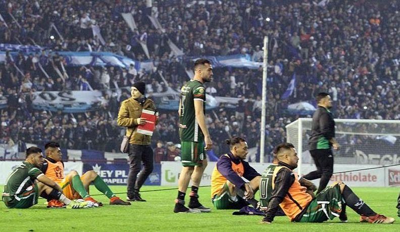 """"""" La mafia de A.F.A , sanciona a San Jorge con : Ocho fechas para los jugadores, 12 para el cuerpo técnico"""