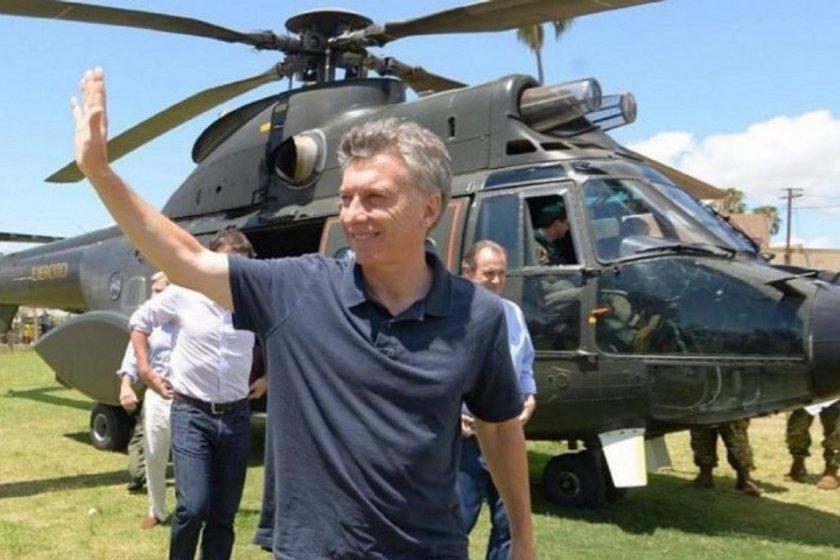 Macri viajó en helicóptero oficial a Coronel Baigorria para cortarse el pelo