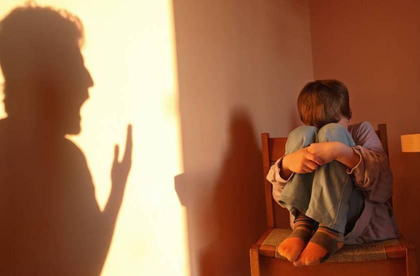 CORDOBA: Condenan a un hombre por abofetear al hijo de su pareja