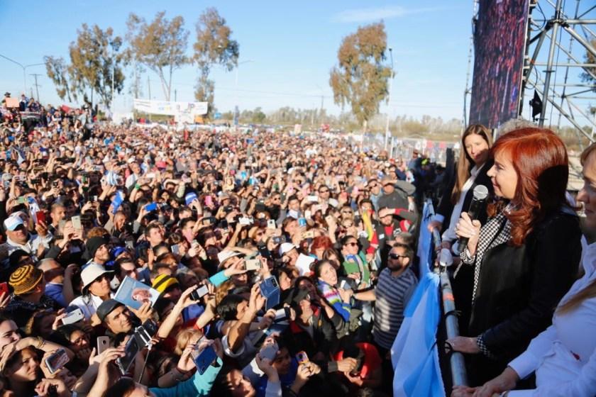 "Cristina Kirchner: ""Sorry, hoy con la comida estamos igual que Venezuela"""