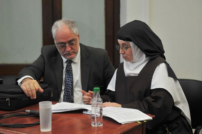 Entre Rios: Látigos, cilicio, encierro y amenazas, condenaron a la superiora de las Carmelitas Descalzas