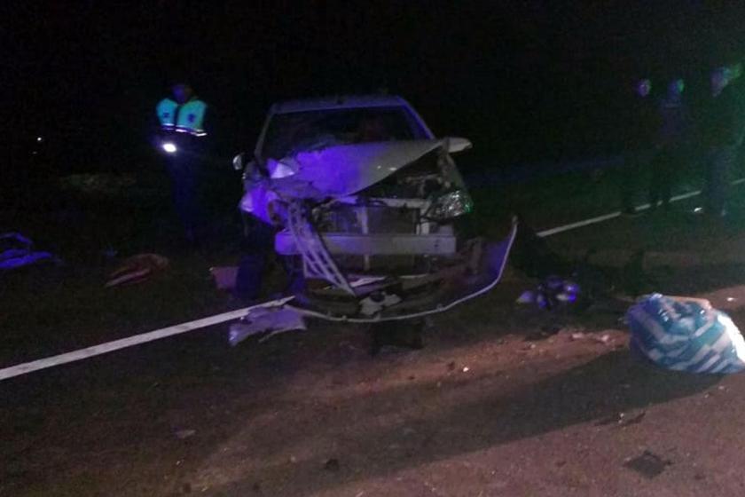 Dos muertos y diez heridos en un accidente en Choromoro, se les cruzo un caballo en la ruta
