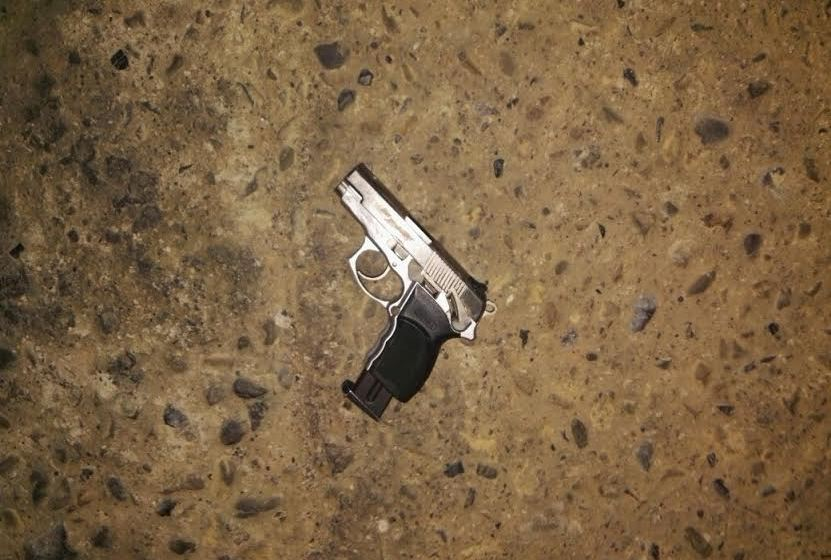 Hieren de tres balazos a un motochorro que quiso asaltar a un médico de la policía