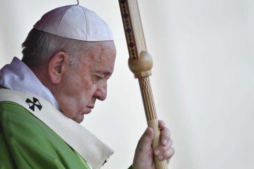"""El Papa advirtió que el mundo """"es cada día más elitista"""""""