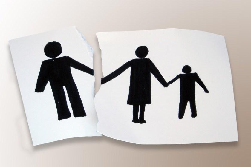 Inedito fallo judicial:  condena a un hombre a resarcir a su hijo por negarse a reconocerlo