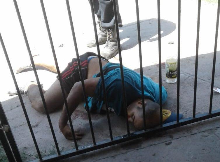 Asalto y tiroteo en Villa Mariano Moreno, un muerto y dos heridos