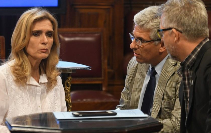 Las senadoras de la U.C.R , exigen un protocolo de violencia de género por el caso  Jose Alperovich