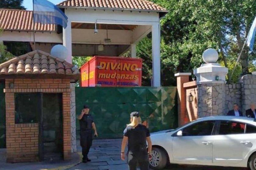 Mauricio Macri comenzó a mudarse de Olivos