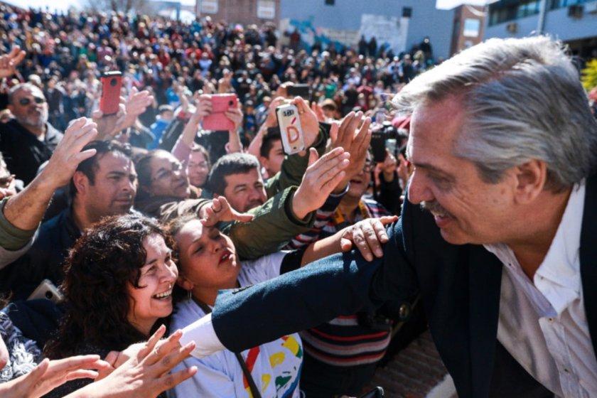 Alberto Fernandez: Sus primeras medidas serán incentivar el consumo y frenar la suba de tarifas