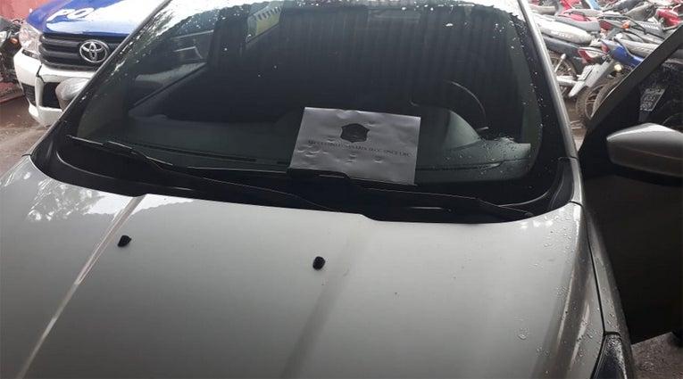Detienen a un sujeto que  intentó secuestrar a tres niñas en su auto, familiares de las victimas casi lo linchan