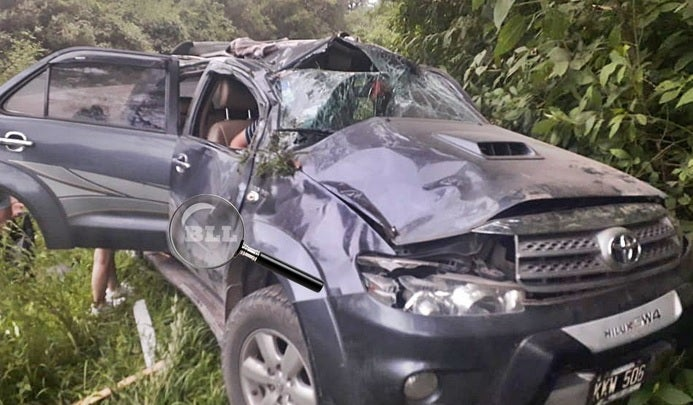 Una Hilux  volcó en la zona de Cochuna y murió una mujer