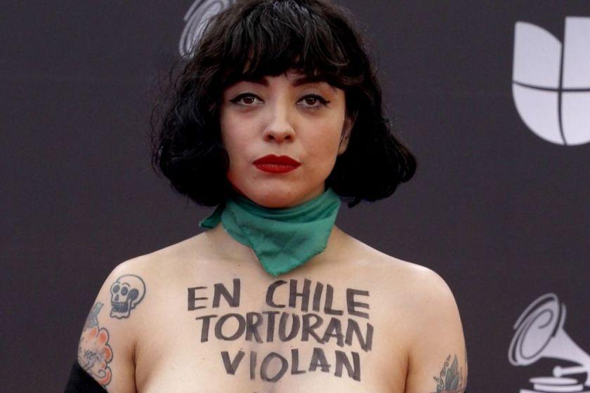 CHILE: Carabineros pidió que se cite a declarar a Mon Laferte
