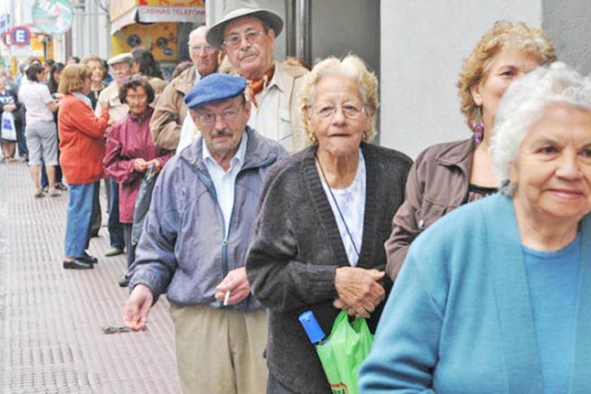 Jubilados: casi cinco millones con beneficio previsional extra