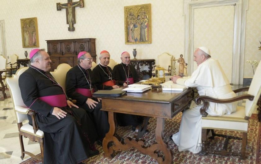 La Iglesia enfrenta a Fernandez y convoca a una misa contra el aborto