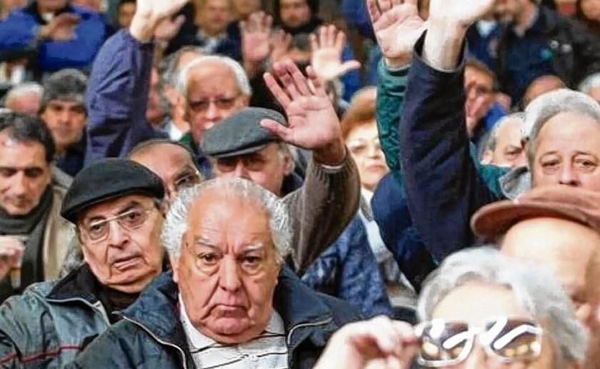 JUBILADOS: La justicia rechazo el reclamo colectivo contra el ajuste a los haberes tras la suspensión de la movilidad