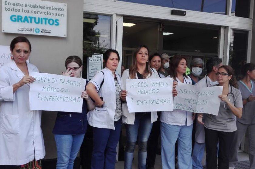 """"""" GRAVISIMO"""", protesta frente al Hospital de niños: Piden más médicos y enfermeras(VIDEOS)"""