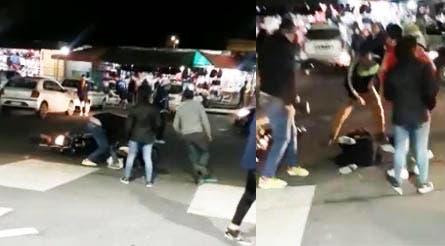 Un Motochorro fue detenido y golpeado por la gente en El Bajo, ausencia policial (video)