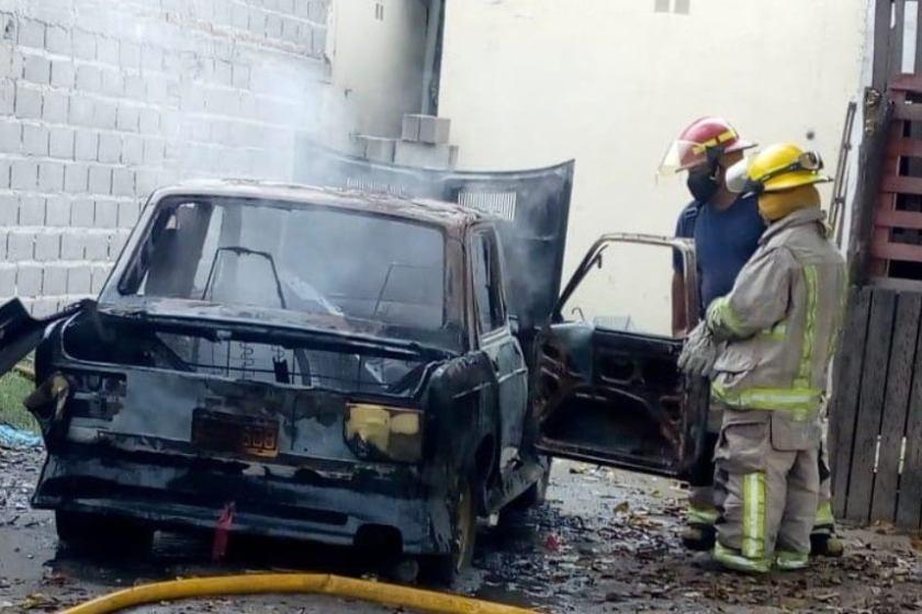 NARCOS:Un tiroteo y un auto incendiado reviven la violencia por la droga en Aguilares