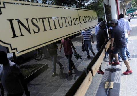 Tuvieron que cerrar el Instituto de Cardiología por contagio masivo de CORONAVIRUS entre el personal