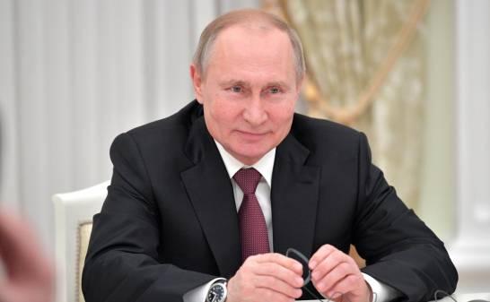 POLÉMICA: Putin no se aplicó la vacuna rusa que llegara a la Argentina porque no es recomendable para los mayores de 60 años
