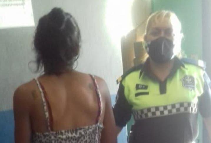 Arrestan a una mujer trans que asaltó a taxista con un cuchillo en Alderetes