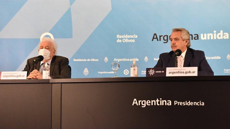 El presidente Fernández echo del cargo a Ginés González García por el escándalo de la vacuna a Verbitsky