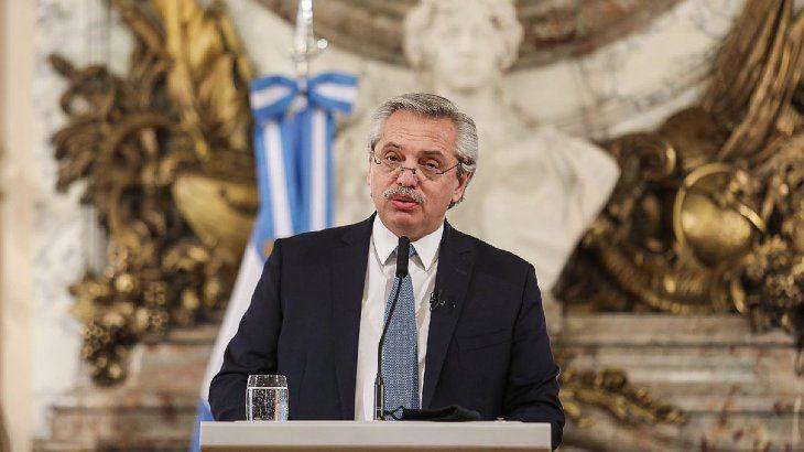 El presidente Fernandez convocó a gobernadores para analizar restricciones entre provincias