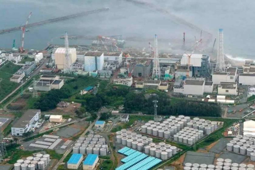 """"""" ATENTADO CONTRA EL MEDIOAMBIENTE"""": Japón descargará en el mar aguas contaminadas de Fukushima"""