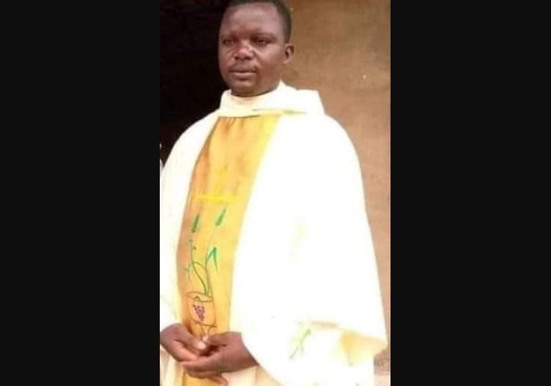 Asesinan a un sacerdote y a 6 feligreses en una parroquia de Nigeria