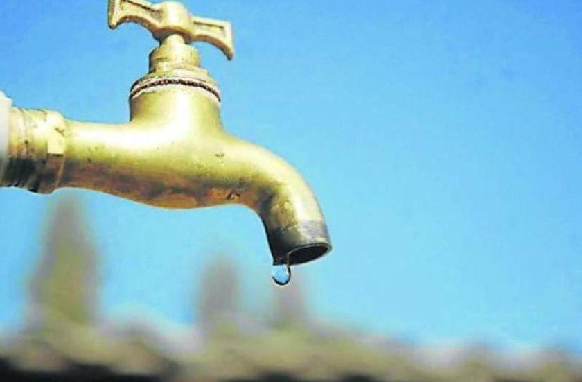 """"""" DESIDIA Y ABANDONO EN TUCUMAN """": Las clases no comenzaron en unas 60 escuelas por falta de agua"""